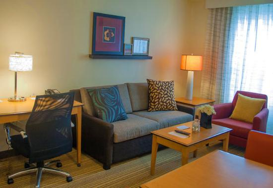 Carlisle, PA: Suite Living Area