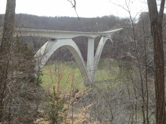 Natchez, MS: double arch bridge