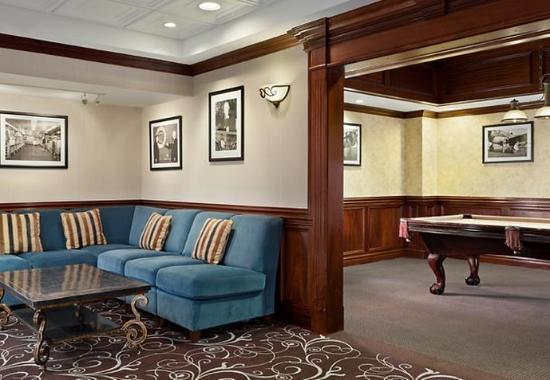 West Orange, نيو جيرسي: Billiard Room