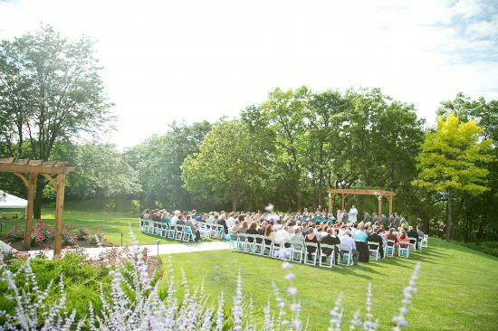 Geneva Ridge Resort: Wedding - Outdoor Pavilion