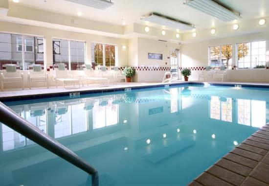 Folsom, CA: Indoor Pool