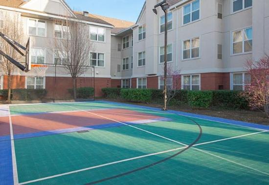 Folsom, Califórnia: Sport Court©