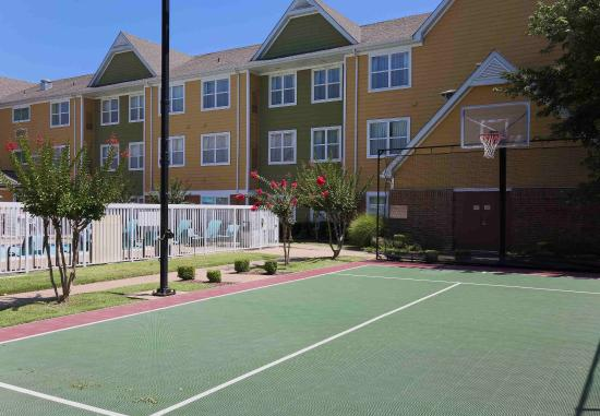 Fort Smith, AR: Sport Court