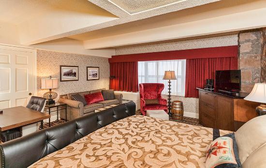 lakeside luxury king sofa picture of fitger s inn duluth rh tripadvisor com
