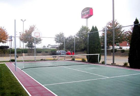 Canton, OH: Sport Court