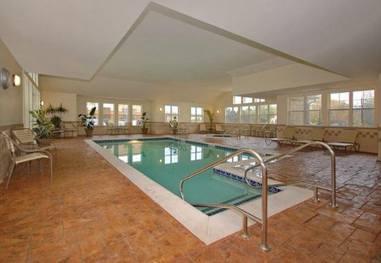 Paducah, Κεντάκι: Indoor Pool & Hot Tub