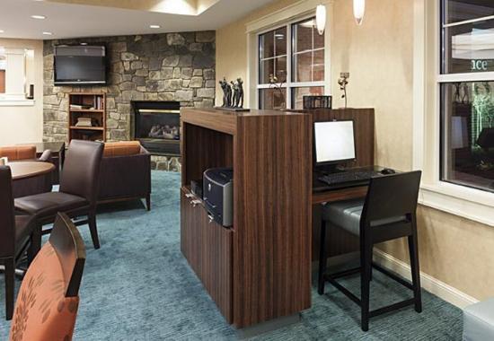 Manassas, VA: Business Center