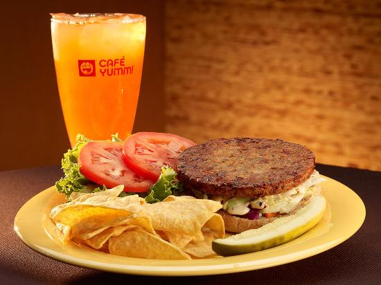 Springfield, OR : Ginger-Garlic Veggie Burger with Fresh Strawberry Lemonade