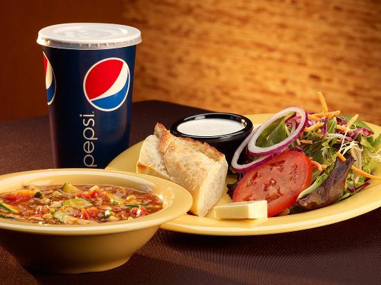 Springfield, Oregón: House Soup, Salad & Bread