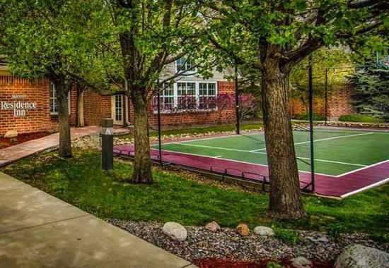 Lakewood, Kolorado: Sport Court
