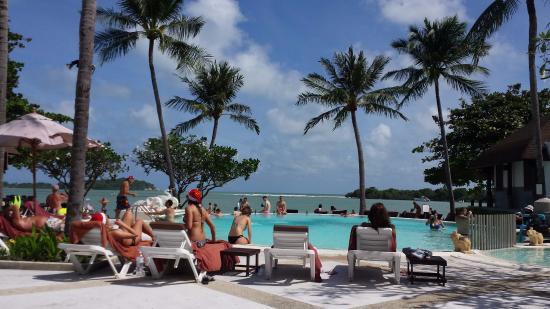 Iyara Beach Hotel & Plaza Photo