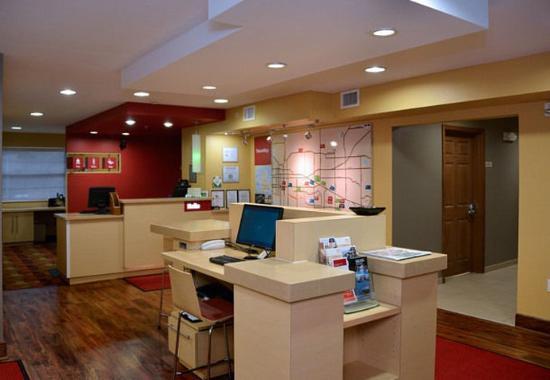 East Lansing, MI: Business Center