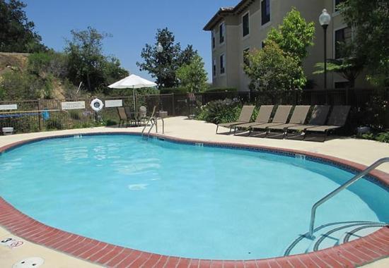 Thousand Oaks, كاليفورنيا: Outdoor Pool