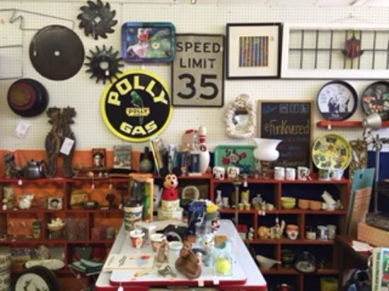 8th avenue antique mall nashville 2018 all you need to for Antique stores in nashville