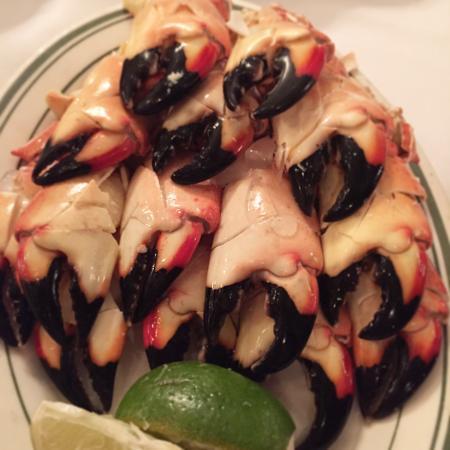 Joe's Stone Crab: Crab claws