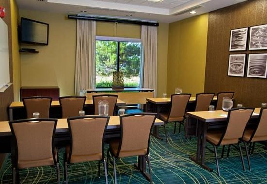 Medford, OR: Meeting Room – Classroom Setup