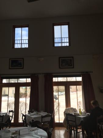 Libertyville, Илинойс: LOVE THE INTERIOR. THIS PIC DOES NO JUSTICE