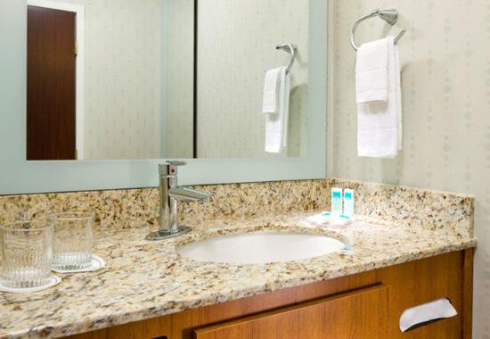 Herndon, VA: Suite Bathroom Vanity