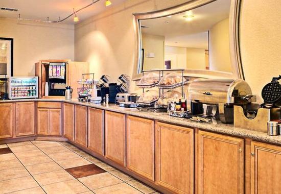 Ardmore, Oklahoma: Breakfast Bar