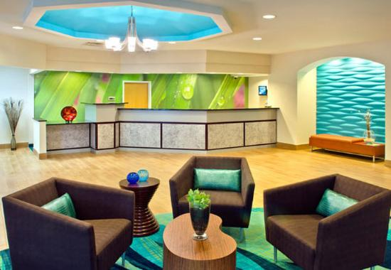 Andover, MA: Front Desk & Lobby