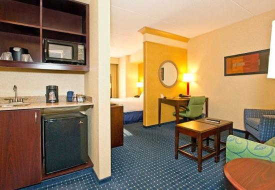 Tarentum, PA: Suite Living Area