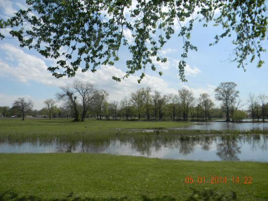 Pennsville, Nueva Jersey: Озеро в парке