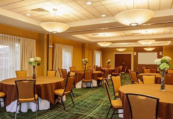 Mooresville, Kuzey Carolina: Ballroom