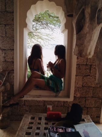 The Majlis Hotel: Majli through the arches