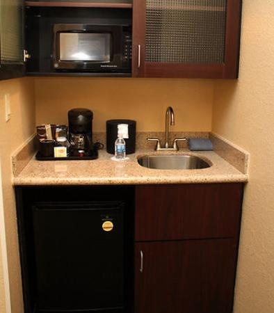 Morgantown, Virginia Barat: Suite Kitchenette