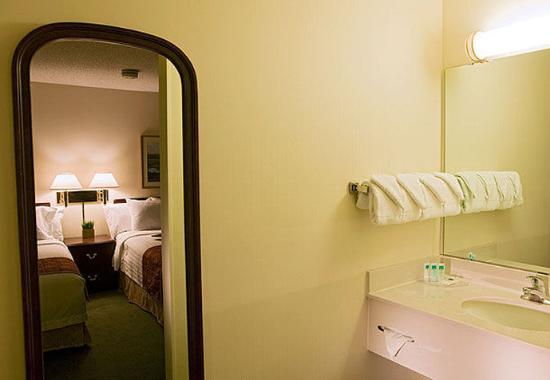 Eagan, Minnesota: Guest Bathroom