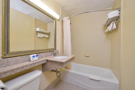 Irvington, NJ: Guest Bathroom