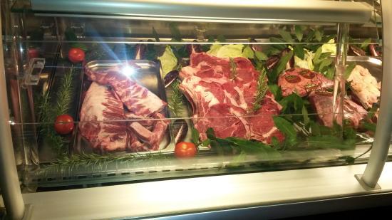 Rovigo, Italia: 6 tipi di carne dal mondo