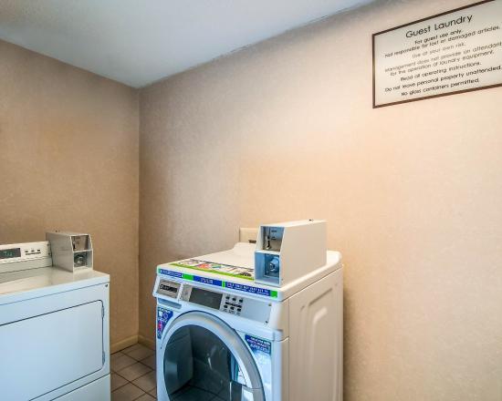 Rocky Mount, VA: Guest Laundry