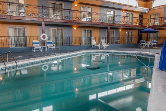 Coldwater, MI: Pool
