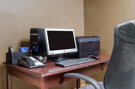 Garden City, Kansas: Business center