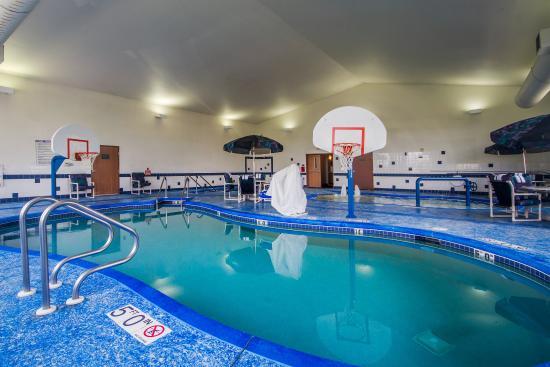 DeForest, WI: Pool