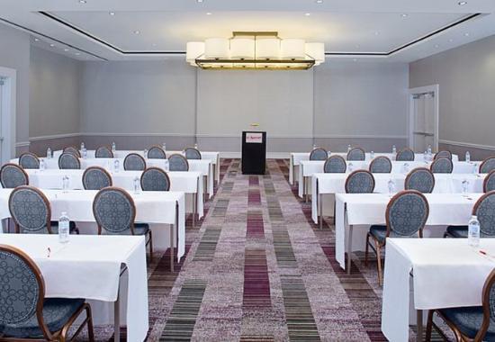 Pleasanton, CA: California Ballroom – Classroom Setup