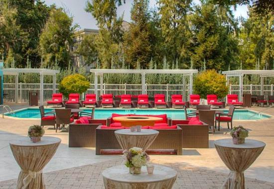 Pleasanton, Kalifornien: Poolside Events