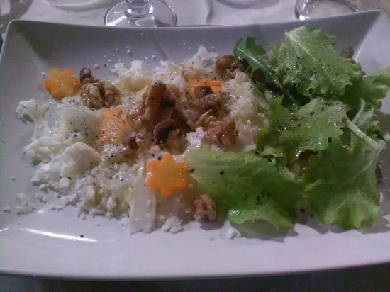 Vignale Monferrato, Italia: Uno degli antipastini vegan