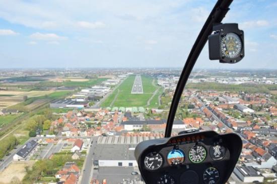 Wevelgem, Belgia: Aankomst op de luchthaven