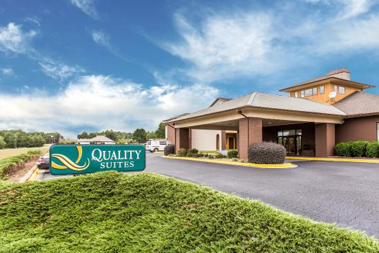 Photo of Quality Suites Hickory