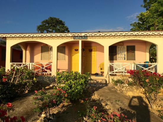 Little Bay, جامايكا: Wailer House