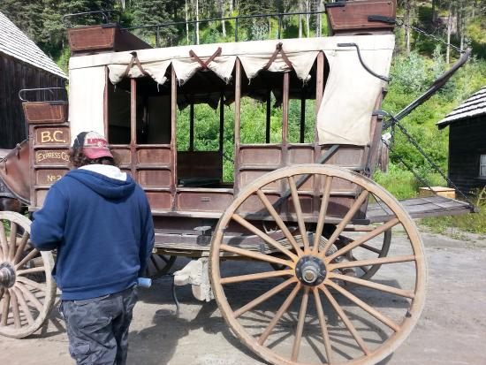 Barkerville, Canadá: Take a carriage ride to the old Courthouse.