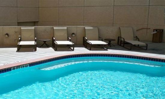 Holiday Inn Riverwalk: Outdoor Heated Pool