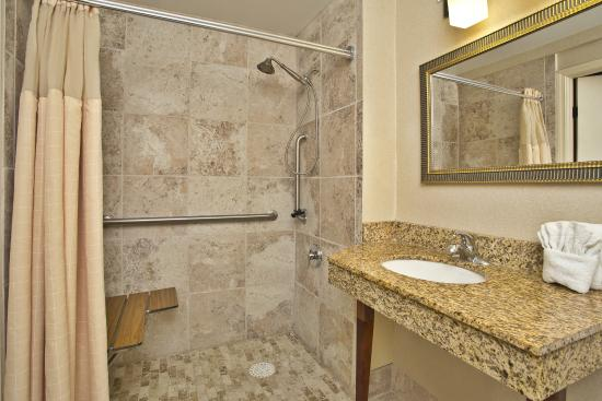Akron, OH: King Bed Guest Room