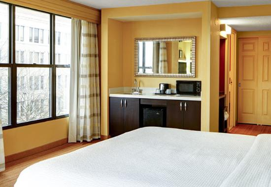 Decatur, جورجيا: Executive King Guest Room Amenities