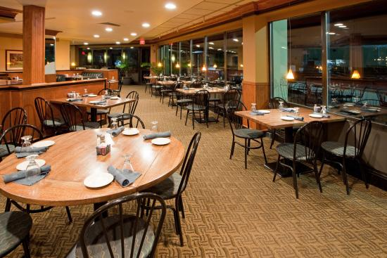 Holiday Inn Washington DC / Greenbelt: Bar and Lounge