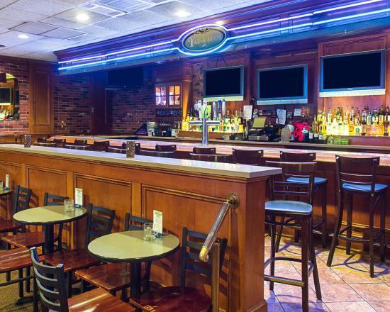 Fredericksburg, VA: Bar