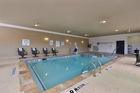 Sherman, TX: Swimming Pool