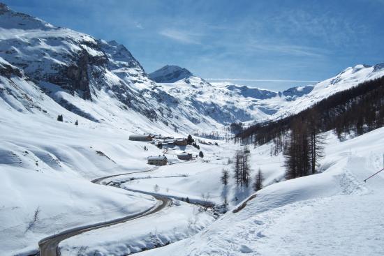 Sils im Engadin, Szwajcaria: Blick und Weg bis ans Ende des Fextals